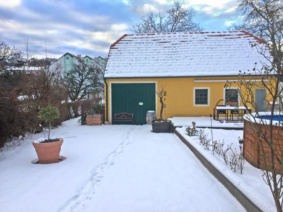 Winter-Schnee-Garten