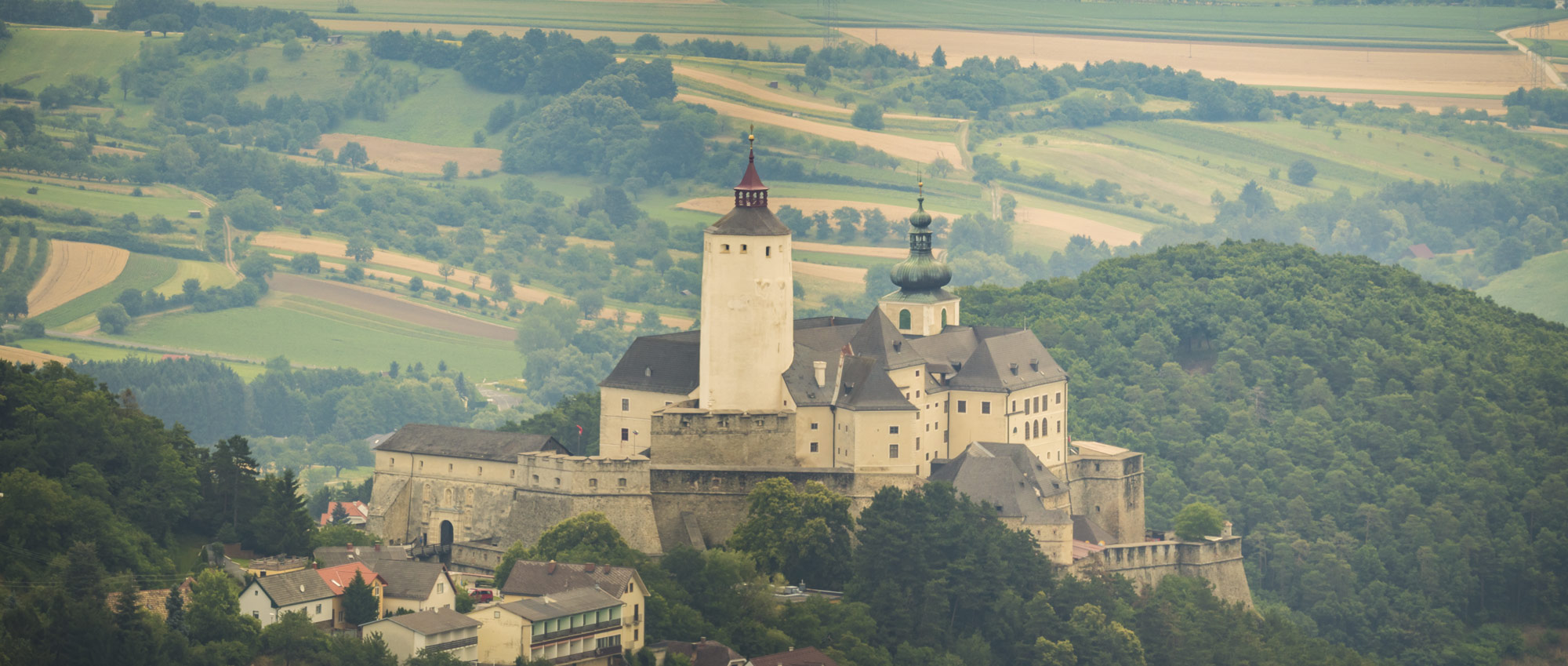 Burg-Forchtenstein-Rosalia-