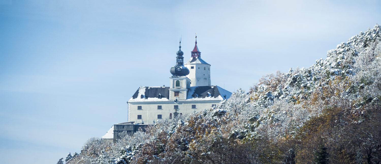 Burg Forchtenstein 11-2016-Sonne-Schnee